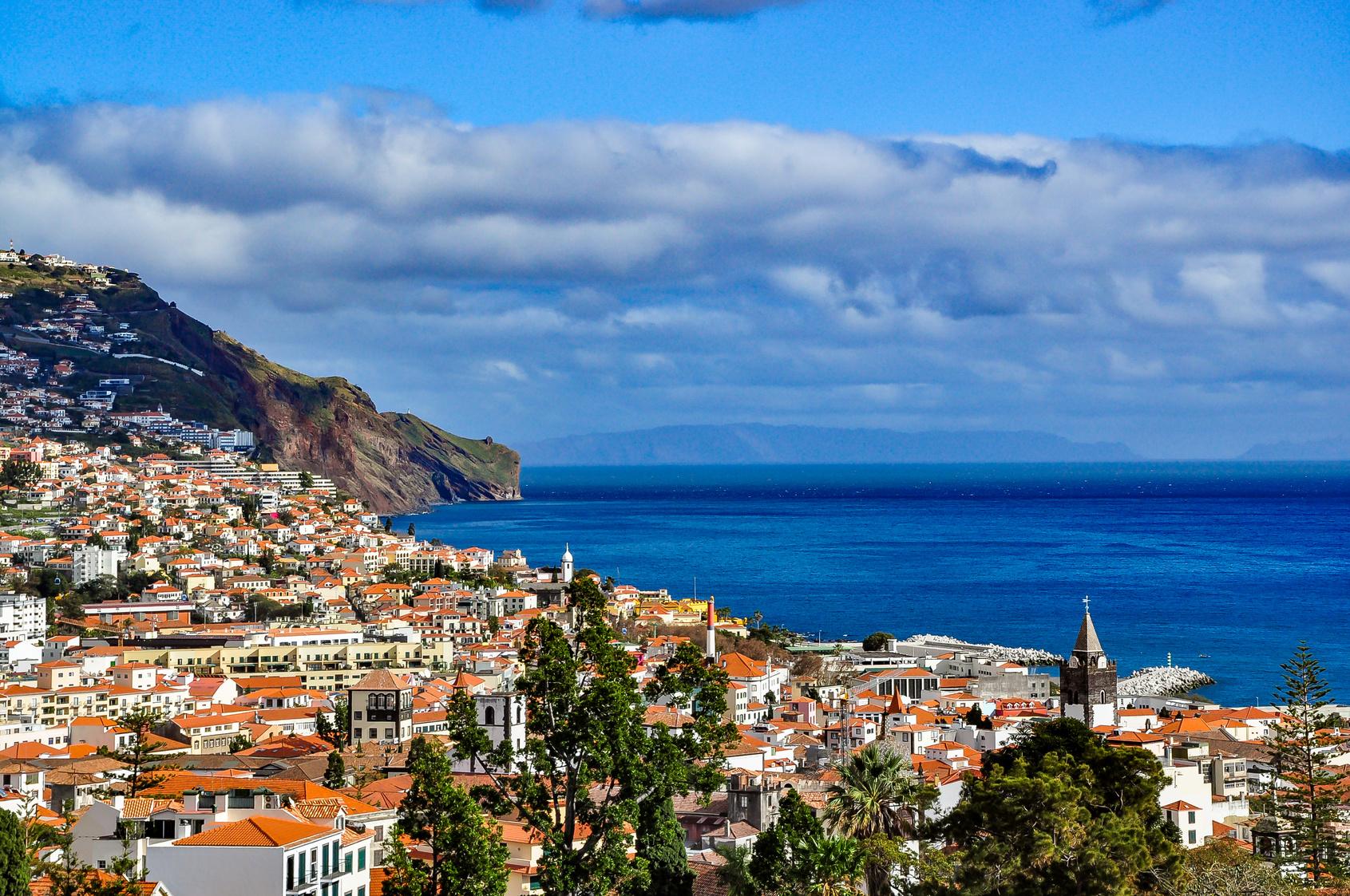 Madera – atrakcje turystyczne, pogoda i loty